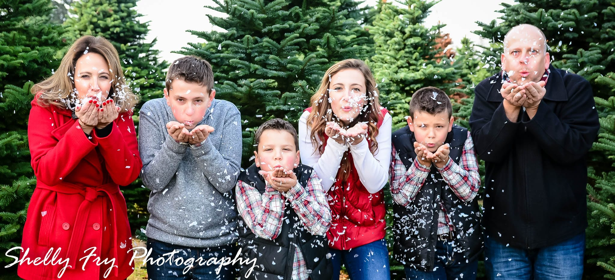 A Christmas Spirit.Ermshar Family Christmas Spirit Shelly Fry Photography